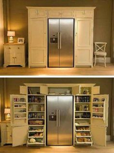 Essa é uma geladeira acoplada a dispensa. Quem tem espaço sobrando pode usar isso para facilitar a organização das compras de supermercado.